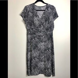 Ann Taylor business casual black and white dress